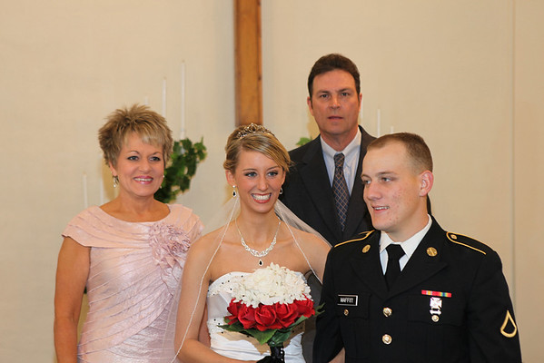groom-family